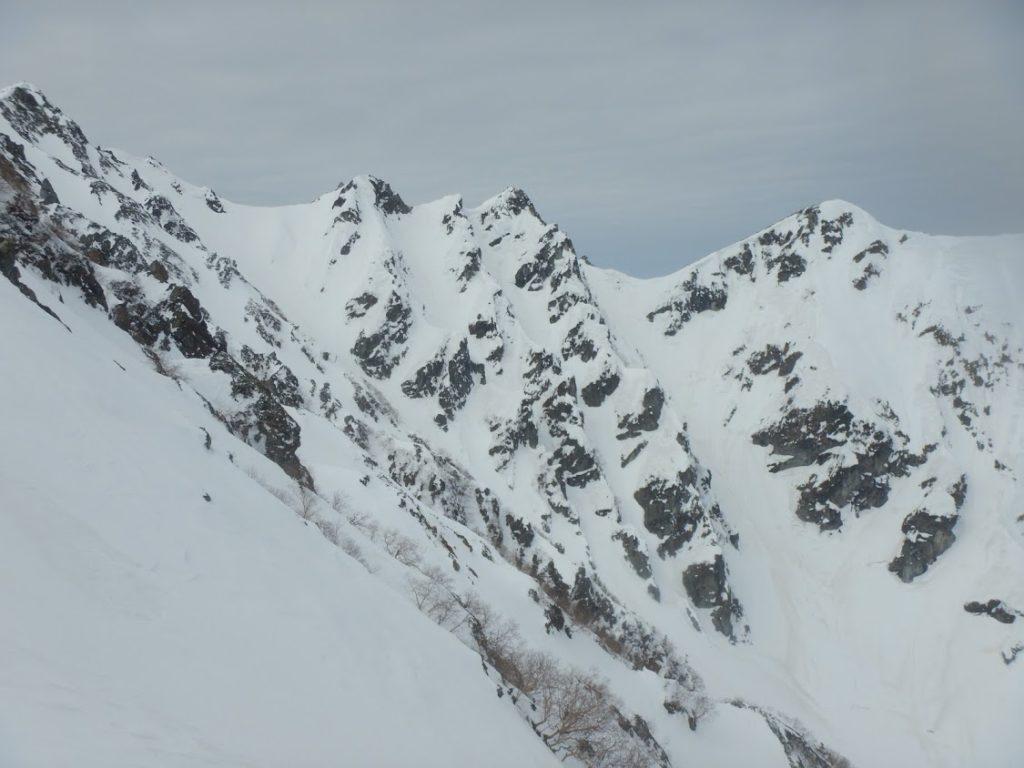 3峰全景 右からA、B、C尾根